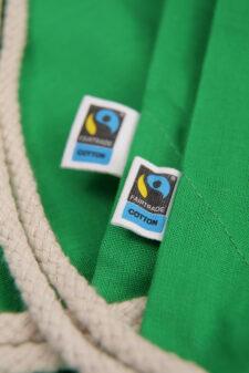 gruen-turnbeutel-fairtrade Bild